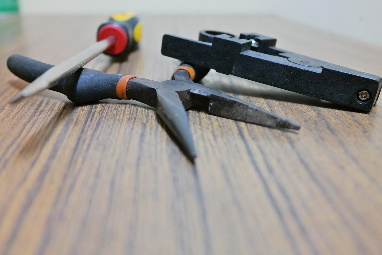 screwdriver-3402013_1280