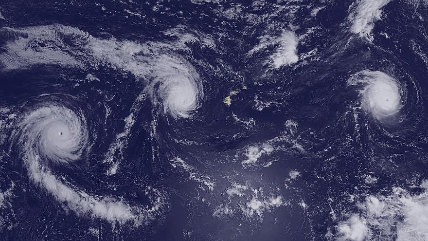 hurricanes-kilo-ignacio-jimena-hawaii-pacific-ocean-international-space-station-2015-clouds